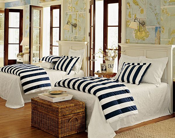white-blue-nautical-inspired-bedroom
