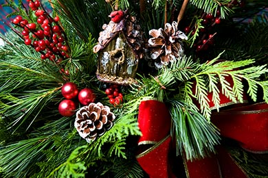 Holiday-Decor-boughs