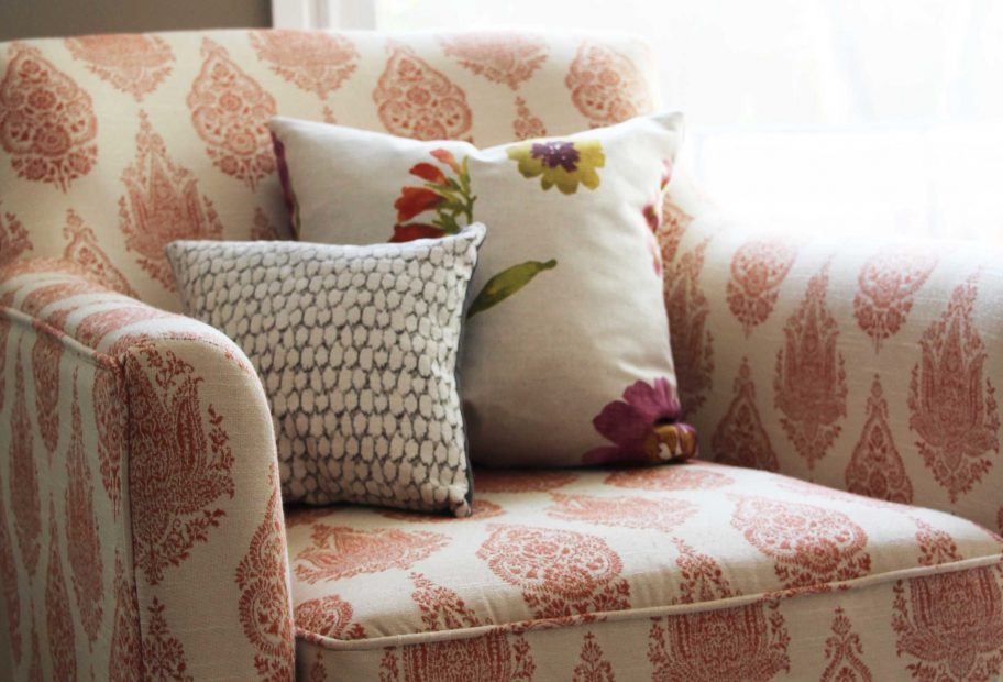 Mixing pattern with pattern gives a room a more interesting look then always choosing plain